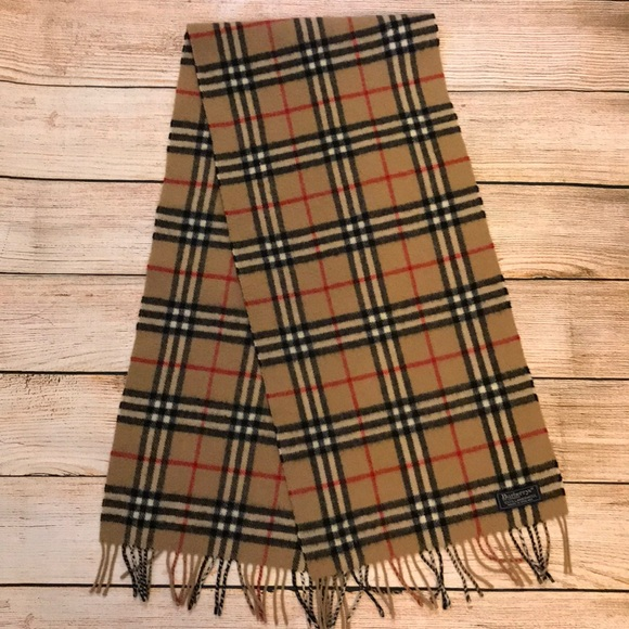 ad6771ef60291 Burberry Accessories - Vintage Burberry Nova Check Lambswool Scarf